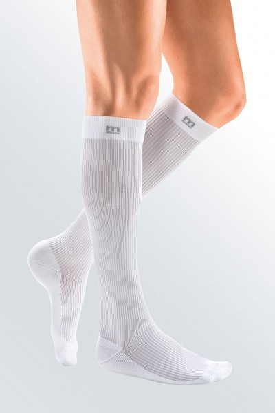 Medi Mediven Active Class 1 White Below Knee Compression Socks for Men